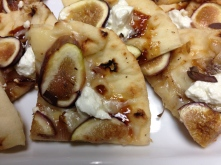 Fig, Goat Cheese & Caramelized Onion Pizza